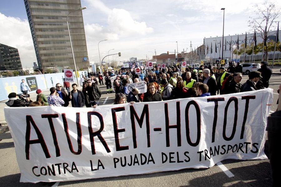 Protestes-transport-MWC-MANOLO-GARCIA_ARAIMA20140224_0146_5